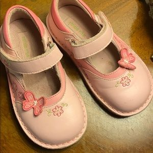 Stride rite pink Mary Janes butterfly 8.5